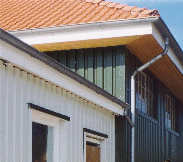 Moderne architektur referenzen hoffmann trapezbleche for Moderne architektur wohnhaus